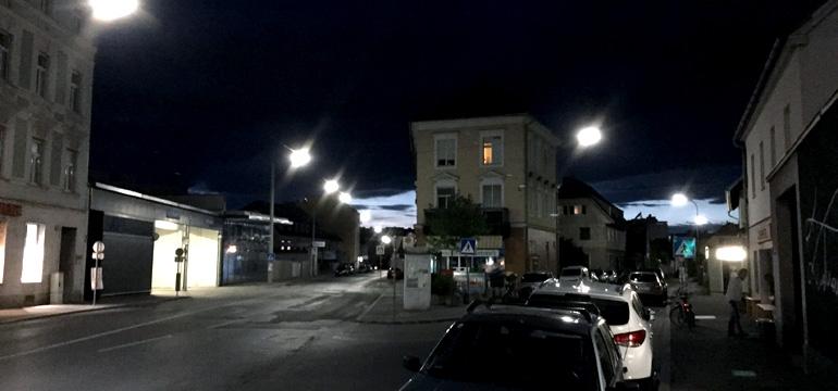 Lend bei Nacht